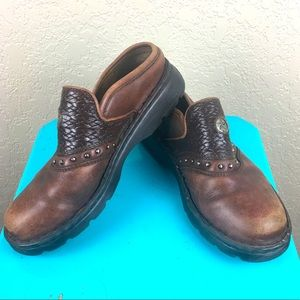 Double H brown leather clogs